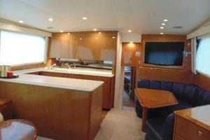 55' Viking Convertible 2000 Galley And Dinette