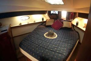 photo of Tiara-Express-2001-ARGO-Palm-City-Florida-United-States-Master-Stateroom-to-Forward-Port-1100825