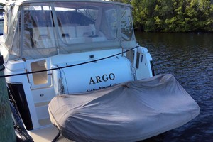 35' Tiara Express 2001 Tender Covered