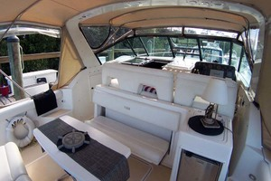 35' Tiara Express 2001 Cockpit Forward