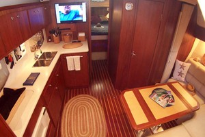 35' Tiara Express 2001 View into Cabin from Passageway
