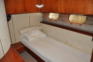 65' Fairline Squadron 1995 Portside Single Cabin