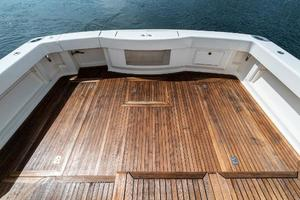 58' Riviera 58 Flybridge 2007 Cockpit 1