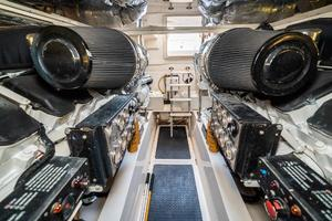 58' Riviera 58 Flybridge 2007 Engine Room Facing Aft