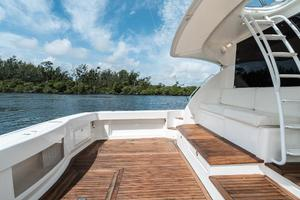 58' Riviera 58 Flybridge 2007 Cockpit Port