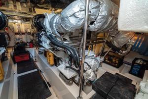 63' Riviera 58 Flybridge 2007 Stbd Engine 1