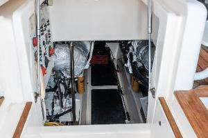 58' Riviera 58 Flybridge 2007 Engine Room Entrance
