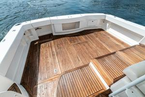 58' Riviera 58 Flybridge 2007 Cockpit 2