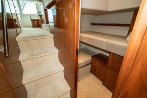 58' Riviera 58 Flybridge 2007 Guest Stateroom Port