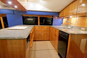 57' Ocean Yachts 57 Ss 2006 Galley