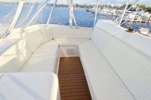 57' Ocean Yachts 57 Ss 2006 Flybridge Seating