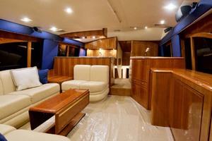 57' Ocean Yachts 57 Ss 2006 Salon Forward