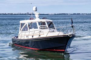 40' Hinckley Little Harbor WhisperJet 2003