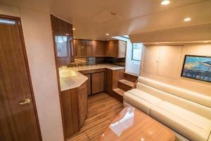 45' Viking Express 2005 Extra large salon