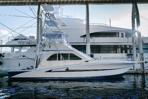 47' Cabo 47 Flybridge 2002 Blue LED accents