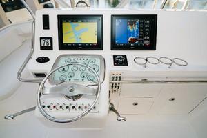 47' Cabo 47 Flybridge 2002 New Garmin Electronics and Simrad Autopilot