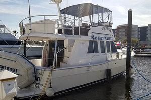 39' Mainship 350 1998