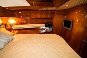 55' Monte Fino 55 2000 VIP Stateroom Stbd