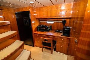 55' Monte Fino 55 2000 Office