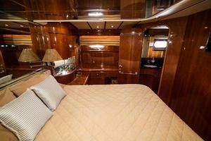 55' Monte Fino 55 2000 Master Port