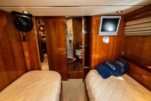 55' Monte Fino 55 2000 Guest Stateroom Facing Fwd