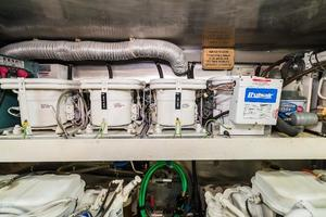 55' Monte Fino 55 2000 Air Conditioners