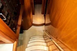 55' Monte Fino 55 2000 Companionway
