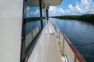 54' Hatteras 54 Motor Yacht 1988 Stbd Side Deck