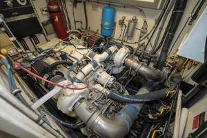 54' Hatteras 54 Motor Yacht 1988 Stbd Engine 3