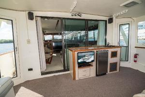 54' Hatteras 54 Motor Yacht 1988 Aft Deck Forward