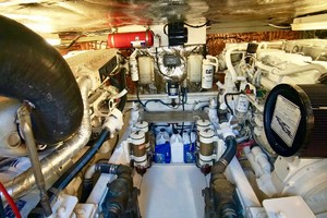 45' Cabo 45 Open Express 1998 Engines