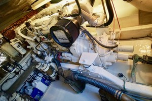 45' Cabo 45 Open Express 1998 Engine