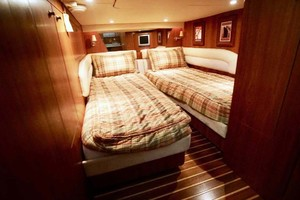 photo of Tiara-4300-Sovran-2007-Lisa-Anne-Perdido-Key-Florida-United-States-Guest-Stateroom-Aft-1103613