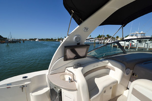 32' Sea Ray 320 Sundancer 2004