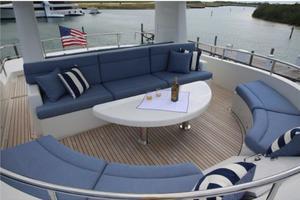 100' Motor Yacht Paragon 92 2015