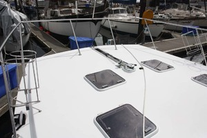 41' Custom TLD New Zealand Power Cat 41 2004 Foredeck