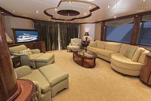 119' Crescent Rph Euro Transom 2004 Salon Looking Aft to Port