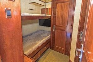 119' Crescent RPH Euro Transom 2004 Aft Crew Cabin