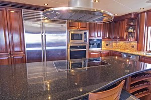 119' Crescent Rph Euro Transom 2004 Country Kitchen
