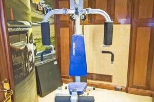 119' Crescent RPH Euro Transom 2004 Gym