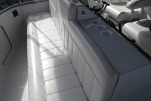 42' Carver 410 Sport Sedan 2000
