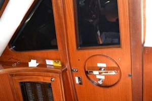 54' Pama 540 Xl Pilothouse 2007 Pilothouse Door Starboard