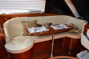 54' Pama 540 Xl Pilothouse 2007 Dinette