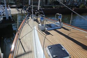 54' Moody Cruising Sailboat 2001 BOW