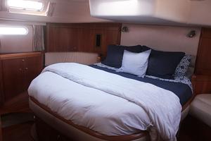 54' Moody Cruising Sailboat 2001 MASTER STATEROOM