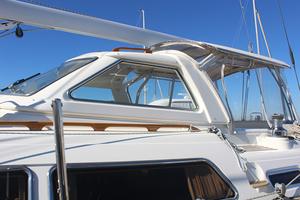 54' Moody Cruising Sailboat 2001 COCKPIT