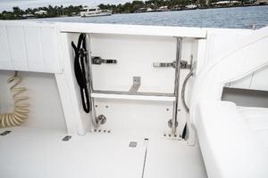 31' Intrepid 310 Walkaround REPOWERED 2007 Dive Door