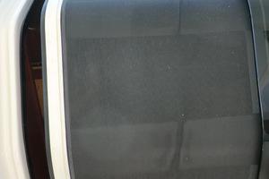 43' Tiara 4300 Sovran 2006 Screen Door