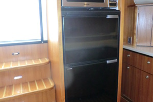 43' Tiara 4300 Sovran 2006 Galley Appliances