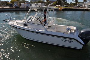 21' Boston Whaler 21 Conquest 2000 2000 21' Boston Whaler 21' Conquest for sale - SYS Yacht Sales